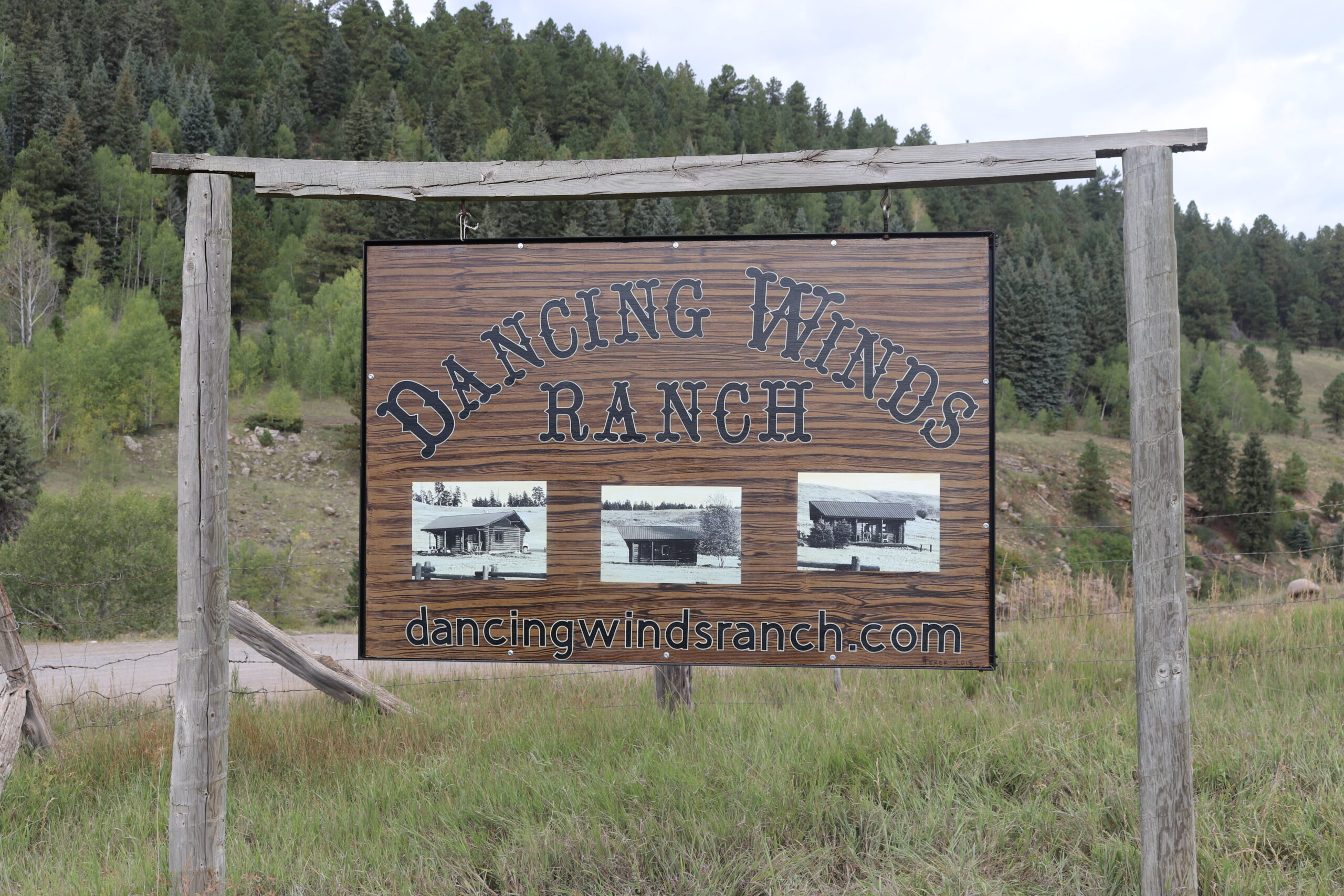 dancing_winds_ranch_sign